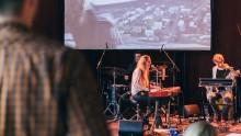 livemuziek-met-visuals-Jantina-Talsma-660x380